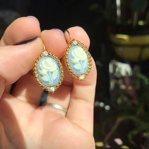 Vintage cameo earrings monet